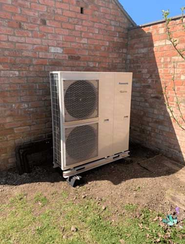 Air Source Heating Pump Installers